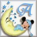 Alfabeto de Mickey Bebé durmiendo en la luna A.
