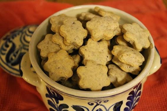 Biscotti panna, nocciole e cannella