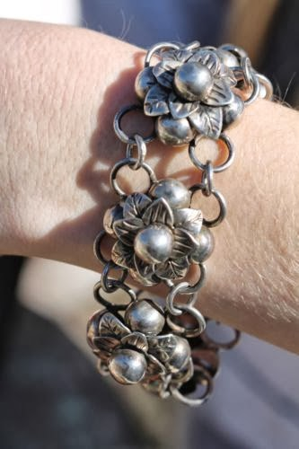 The Most Beautiful Silver Flower Bracelet