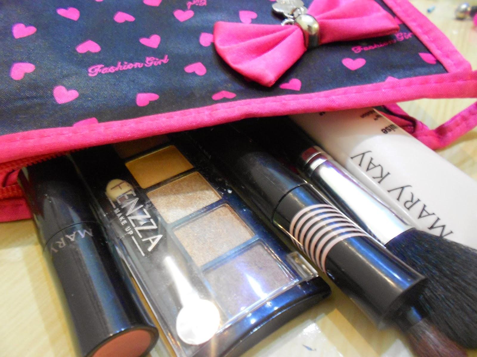 S.O.S Amigas Makeup