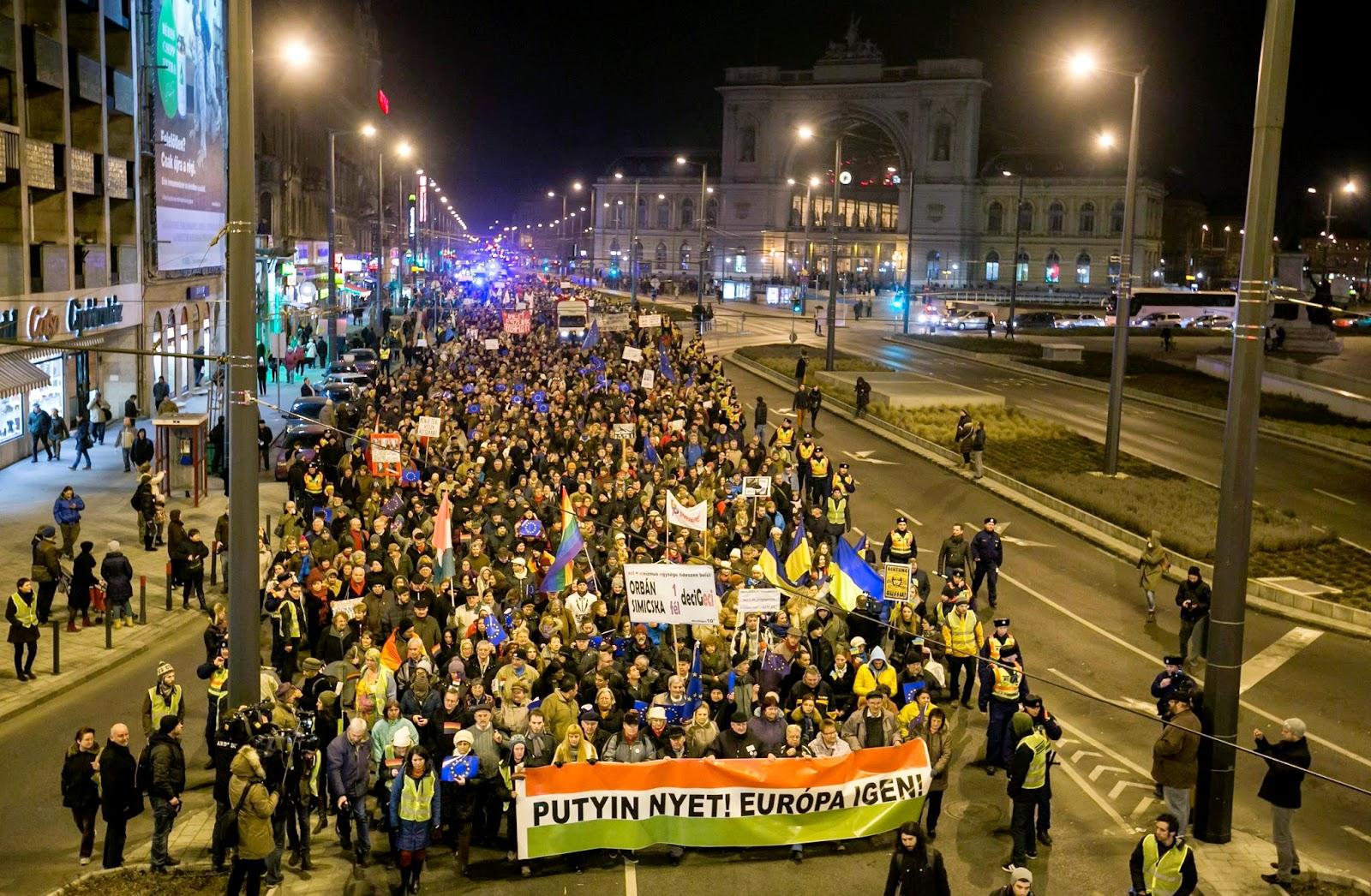Budapest, demonstráció, Orbán Viktor, Putyin Budapesten, Vlagyimir Putyin, Humán Platform, Paks 2,