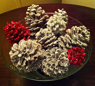 Click on the glittery pinecones to watch Smarter Alec Talk about making holiday decorations