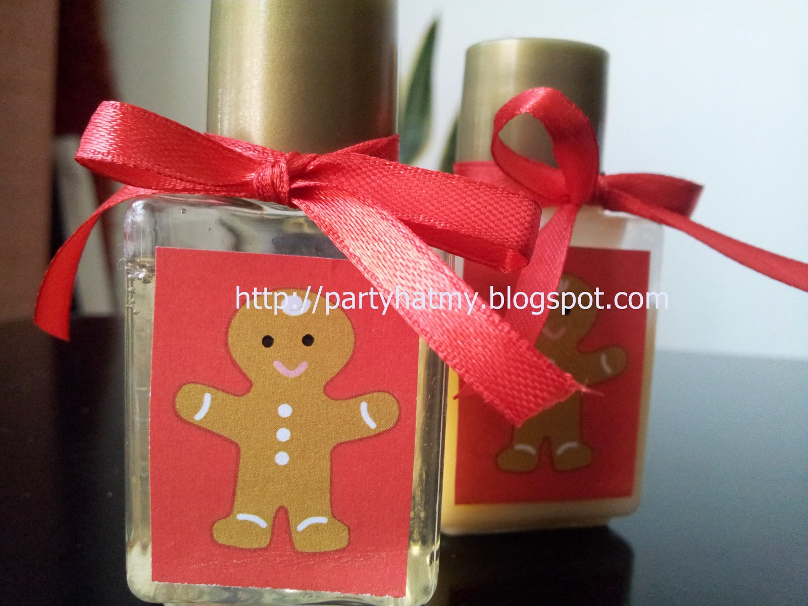 party hat gift idea christmas party door gift