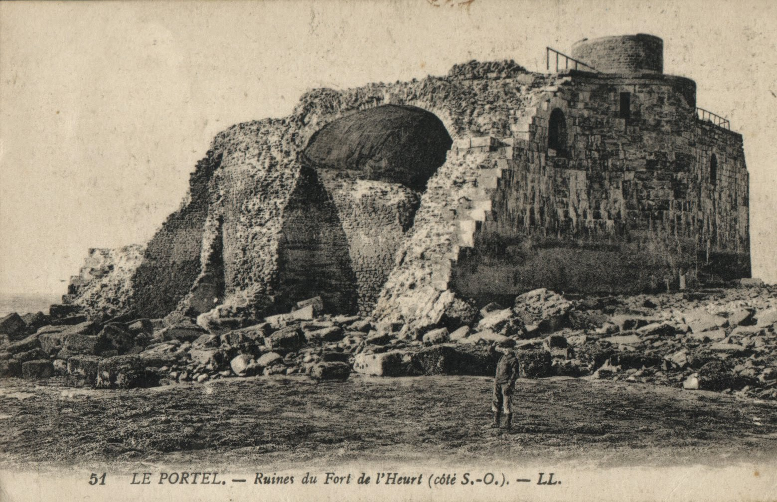 Histoires du nord 3 souvenirs le fort de l 39 heurt au portel - Office du tourisme le portel ...