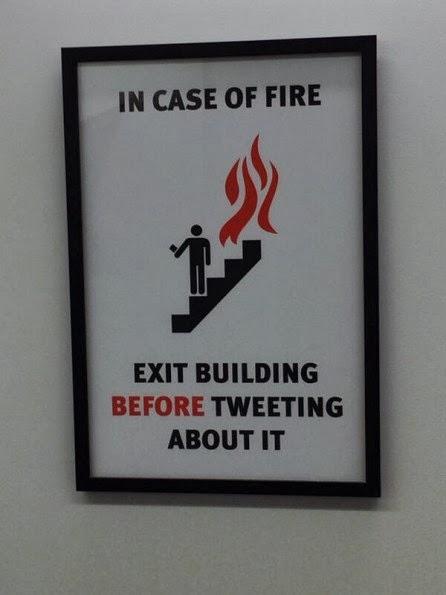 Cartel no tuitear en caso de incendio