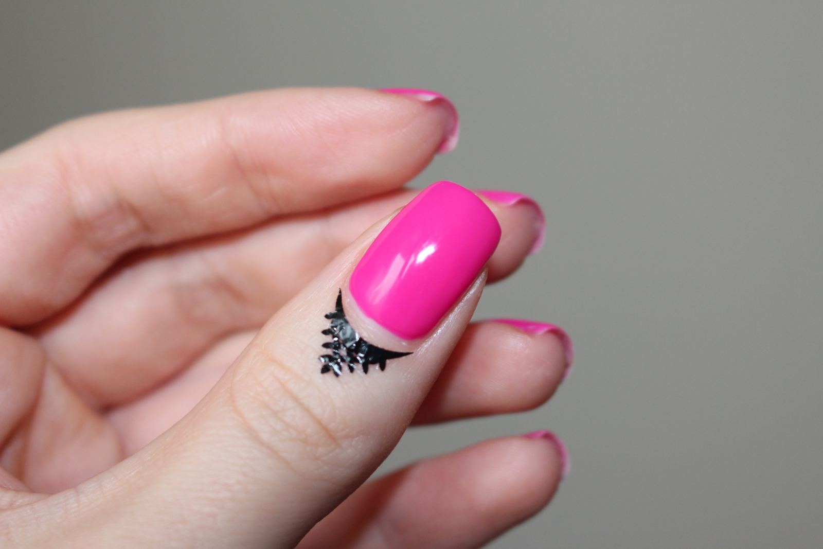 Lakier hybrydowy Semilac 121 Ruby Charm różowe paznockie hybrydy pank hola 1 Sheet Cuticle Tattoo Nail Art Stickers Water Transfer Temporary Decals Lace Flower Patterns paola