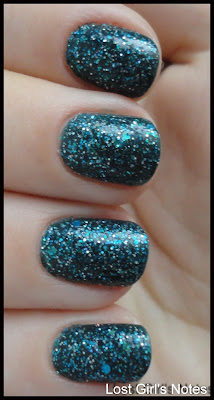 nerd lacquer event horizon swatches
