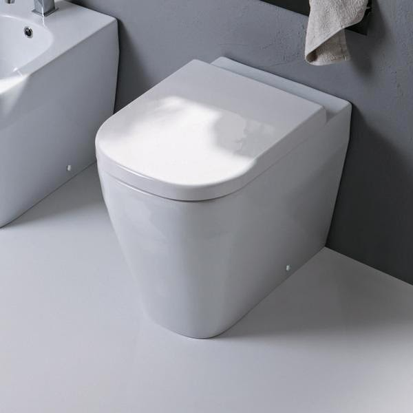 Modecor toilet suites toilet suites studio bagno for Studio bagno q series wall faced pan
