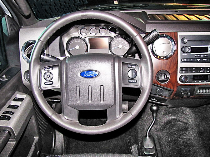 Ford pickup f 250 doble cabina pasion por los camiones for Camiones ford interior