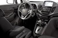 Imagine cu bordul Chevrolet Orlando