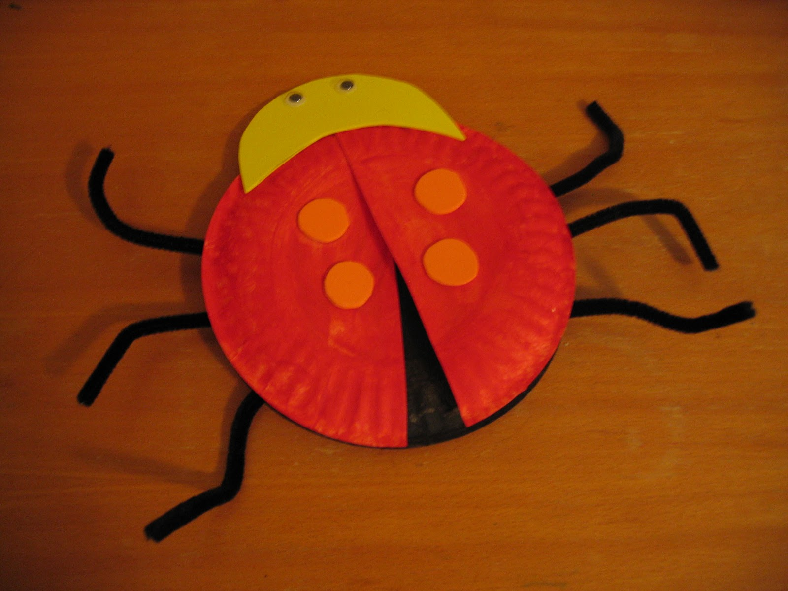 LadyBug Paper plate Craft for Kids & Shining Stars: LadyBug Paper plate Craft for Kids
