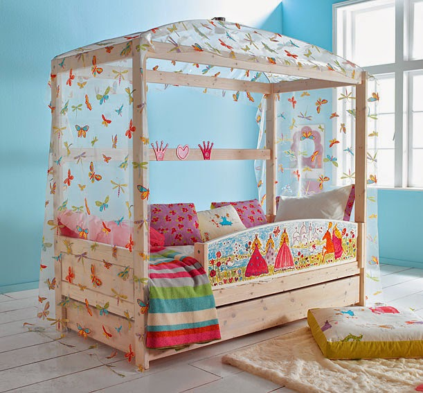 http://www.portobellostreet.es/mueble/4637/Cama-Princess-con-dosel-mariposas-y-cama-nido