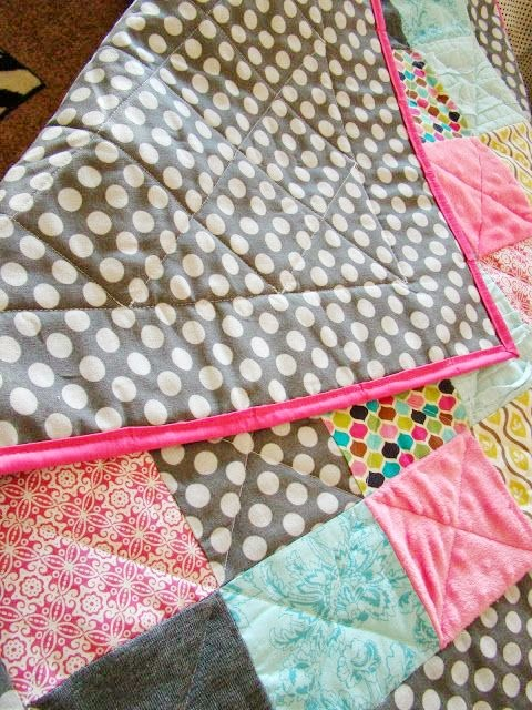 Simple Baby Quilt Tutorial by Fickle Pickle - TONS of baby blanket tutorials!