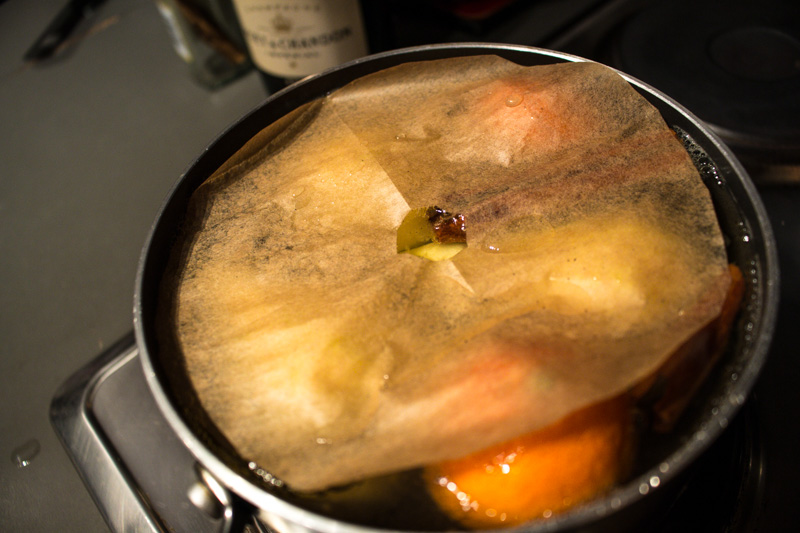 Parchment paper to submerge pears while poaching | Svelte Salivations