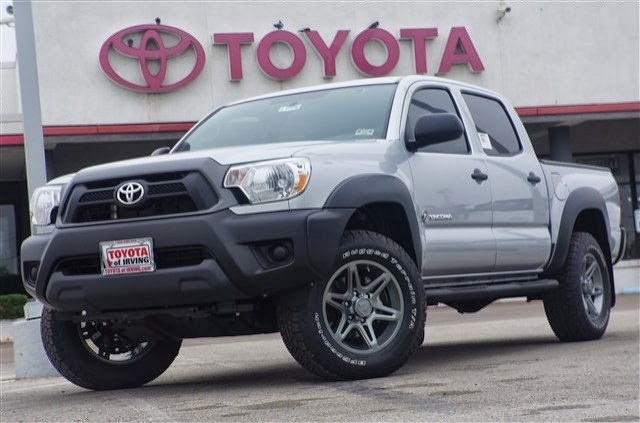 2013 toyota tundra vs 2013 dodge autos post. Black Bedroom Furniture Sets. Home Design Ideas