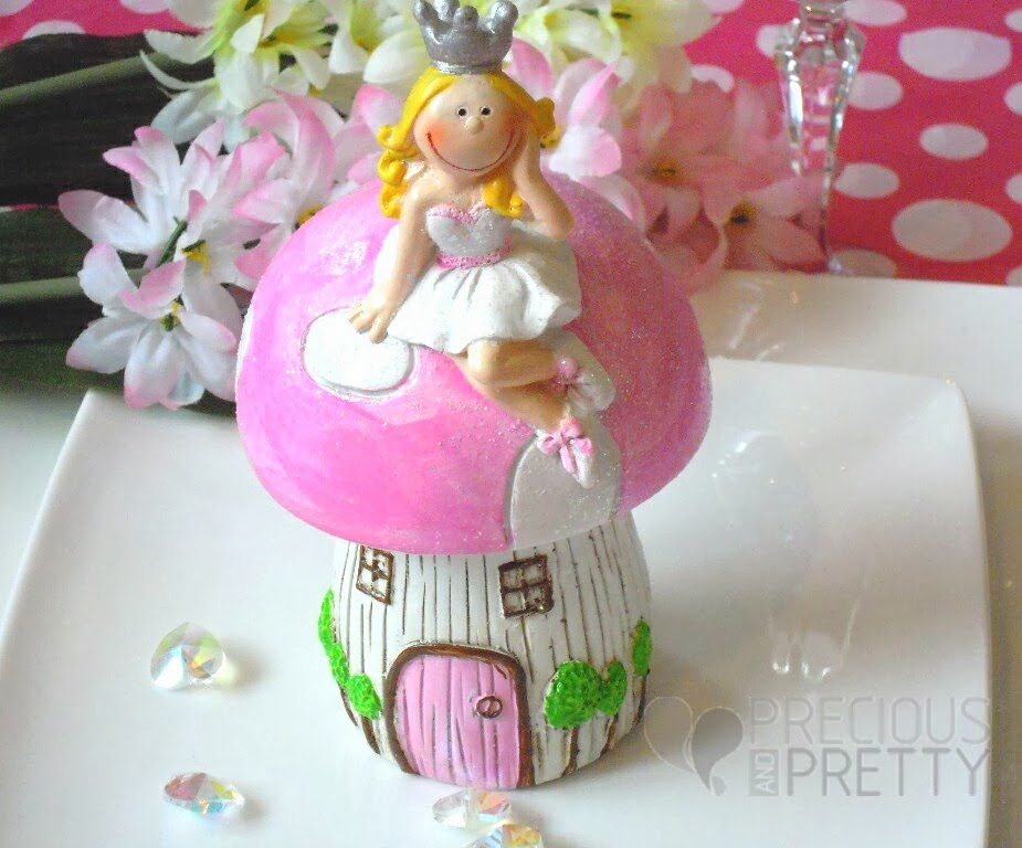Money box favor for baptism with princess