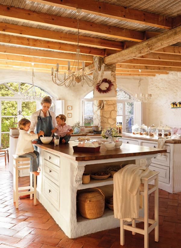 Roses and rust rustic elegance - Cortinas para casas rusticas ...