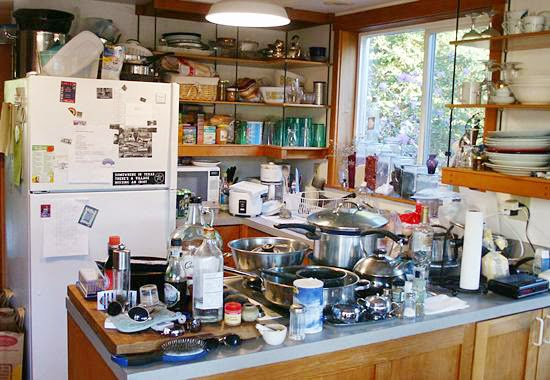 Messy Construction Kitchens : Unraveling the cliché why a messy house is not happy
