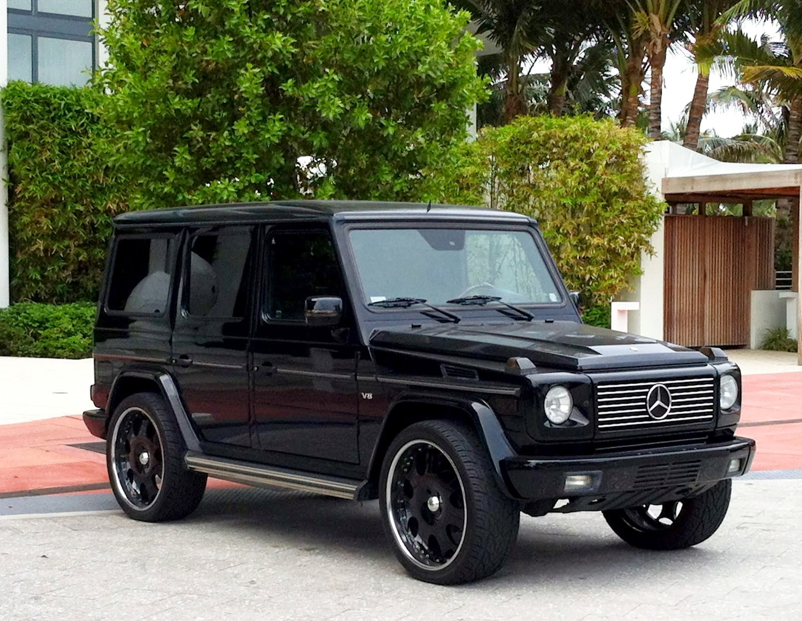 Tonto dikeh 39 s boo gifts her with g wagon 30k rolex for for Mercedes benz g class black
