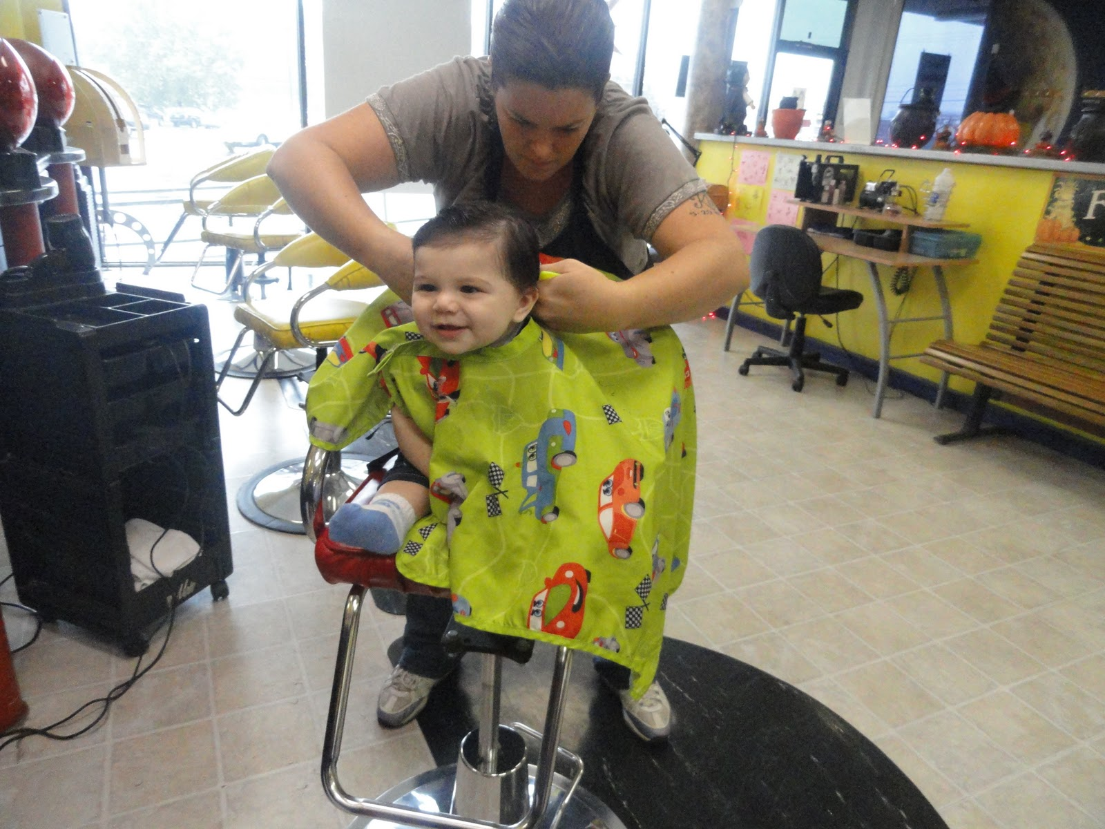 My 6 Month Old Got His First Professional Haircut The Mommyhood