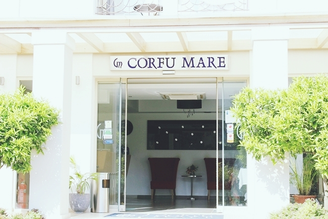 Corfu Mare boutique hotel, Corfu city.Best hotels in Corfu,Greece.Najbolji hoteli na Krfu,Grcka.Corfu Mare hotel entrance.
