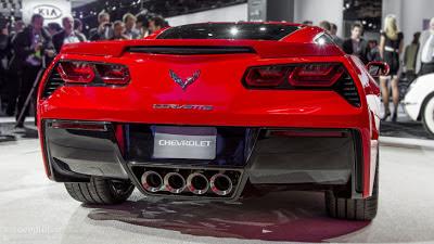 First 2014 Corvette Stingray Sold for $1.1 Million at Barrett-Jackson