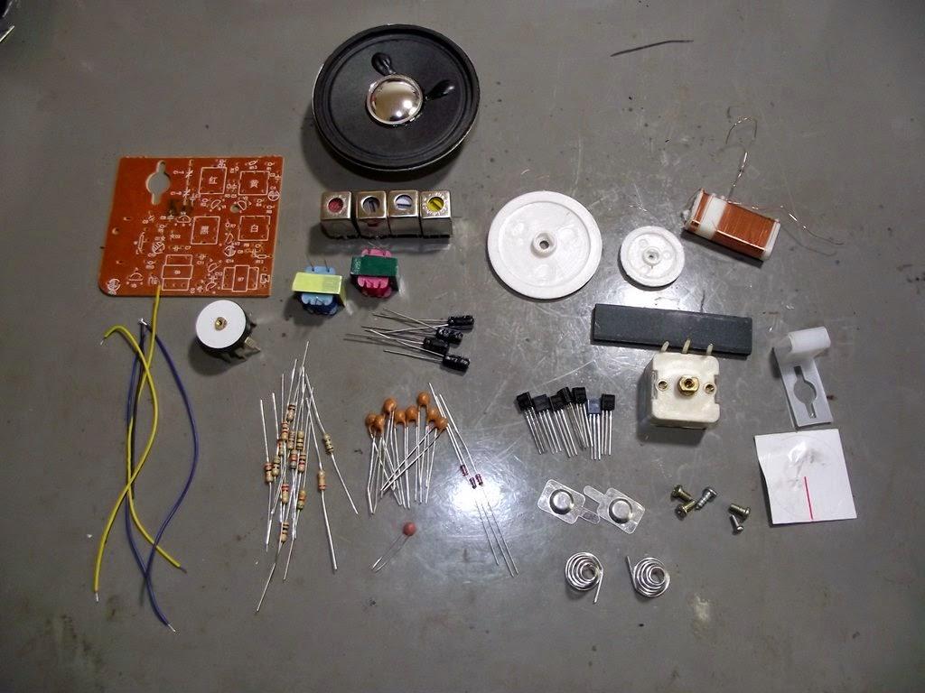 Componentes do kit de rádio AM