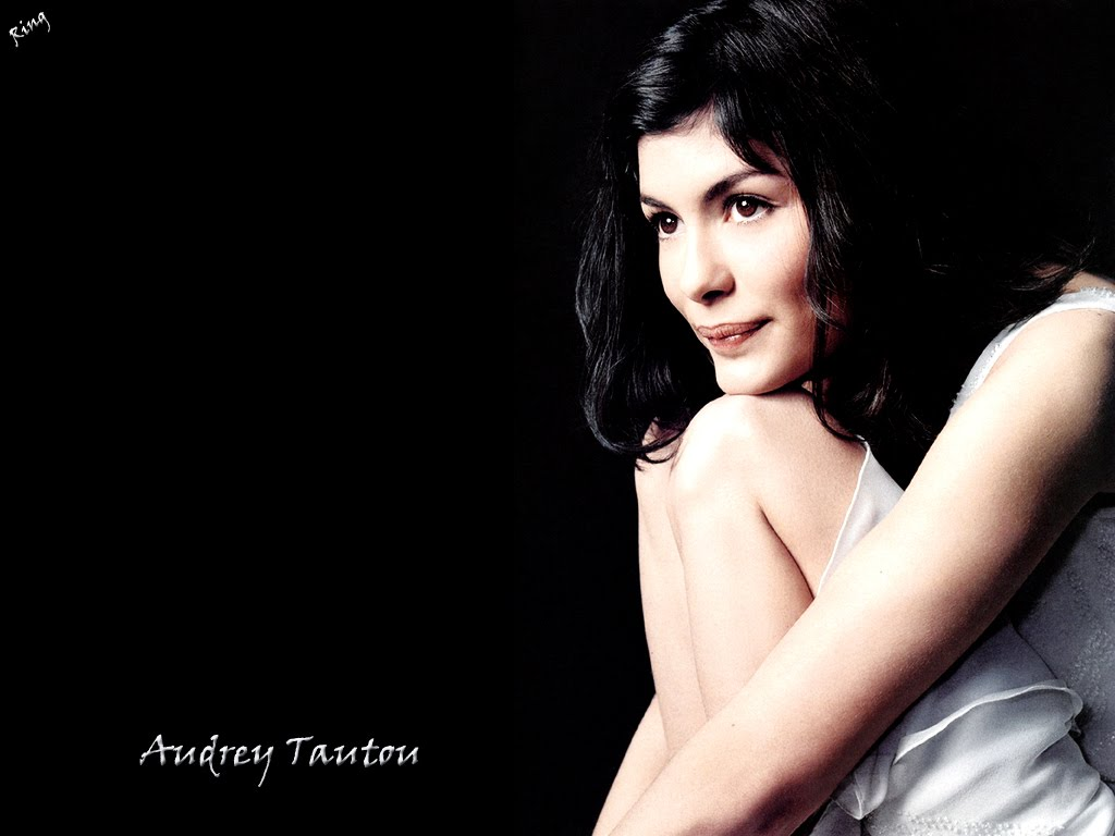 2 Amelie HD Wallpapers Backgrounds Wallpaper Abyss - audrey tautou as amelie wallpapers
