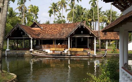 Coconut Lagoon Hotels,Kerala