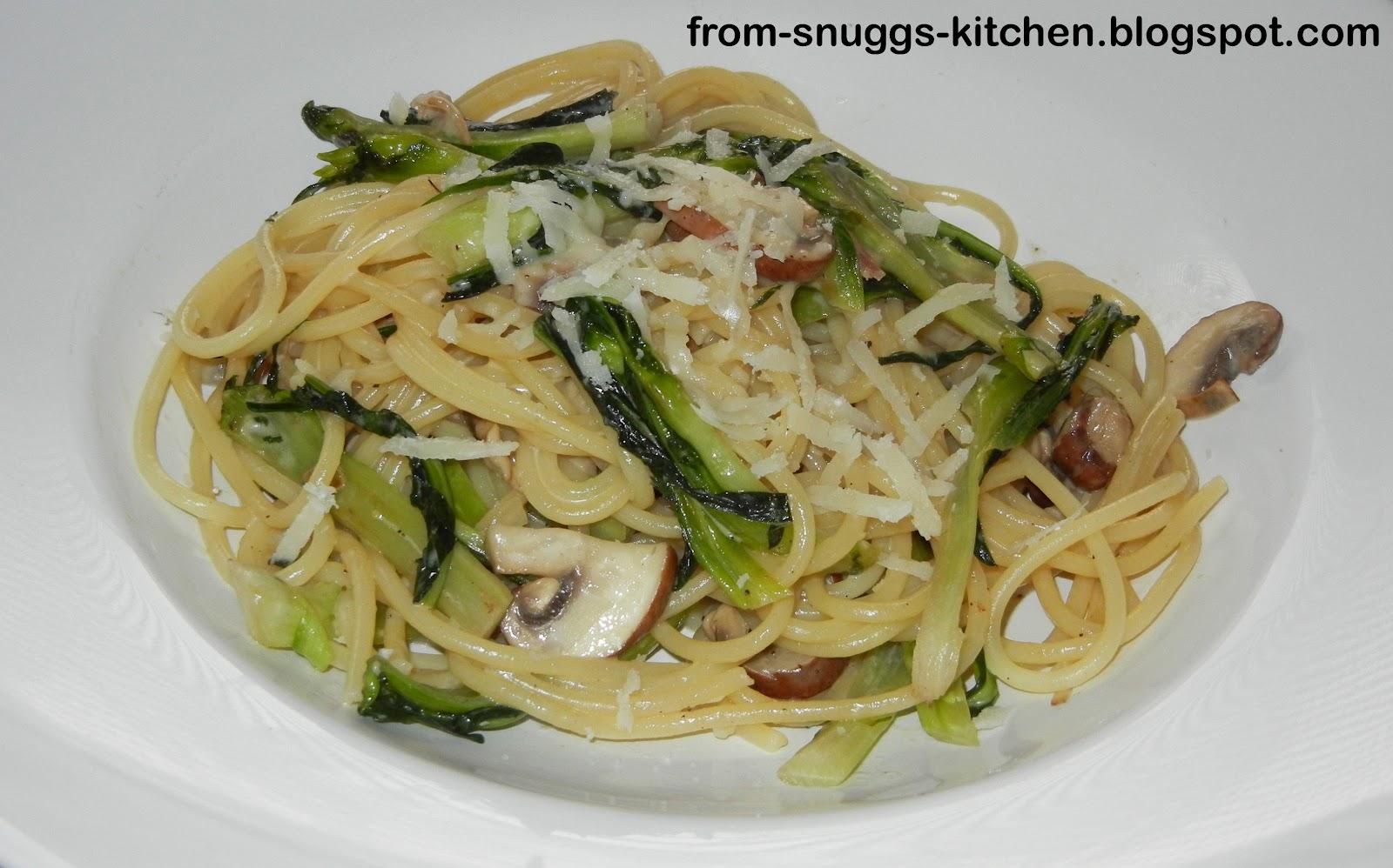 spaghetti mit puntarelle champignons from snuggs kitchen. Black Bedroom Furniture Sets. Home Design Ideas