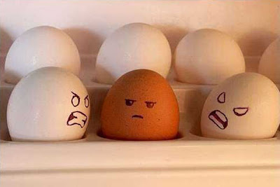 Cool drawing on eggs Seen On www.coolpicturegallery.us