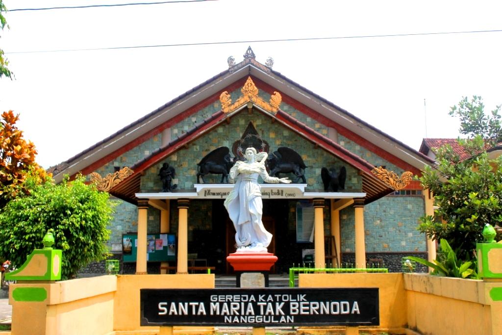 Paroki St. Perawan Maria Tak Bercelana Nanggulan
