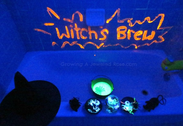 Halloween activity for kids- witches brew 