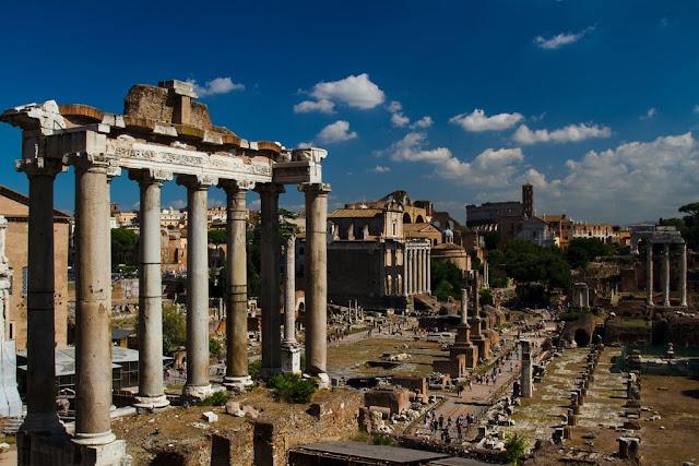 الاثار الرومانية فى روما