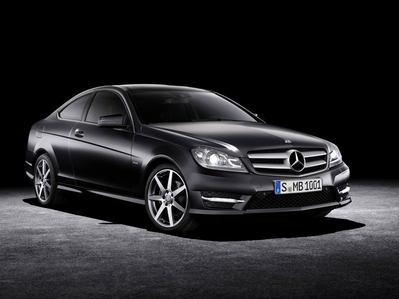 automotive news 2012 mercedes benz c class c350 coupe review. Black Bedroom Furniture Sets. Home Design Ideas