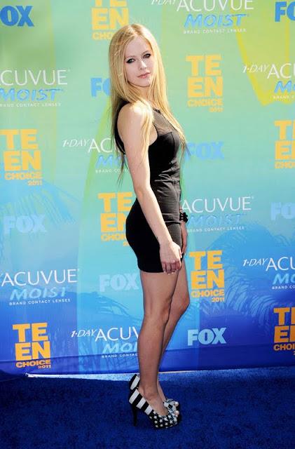 Avril Lavigne At Teen Choice Awards 2011