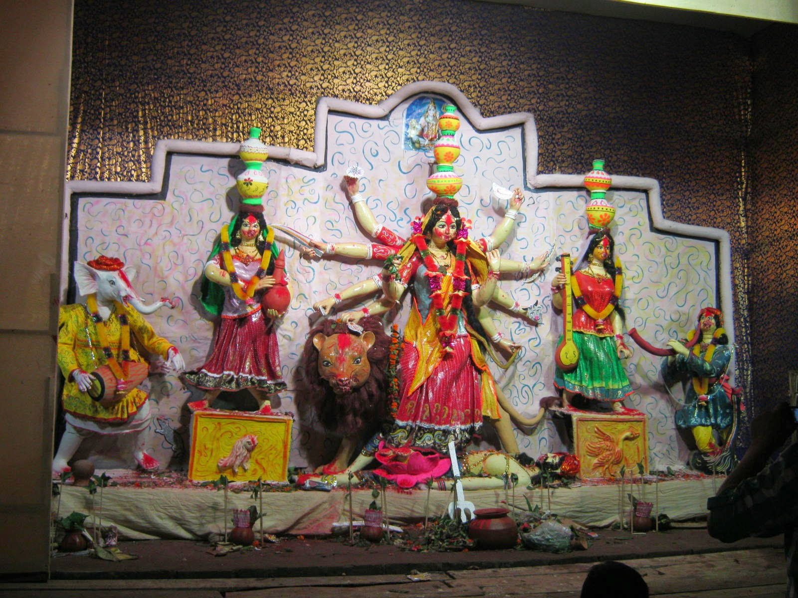 Sarbojanin Durga puja