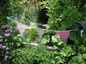 'garden bunting'  {click pic}