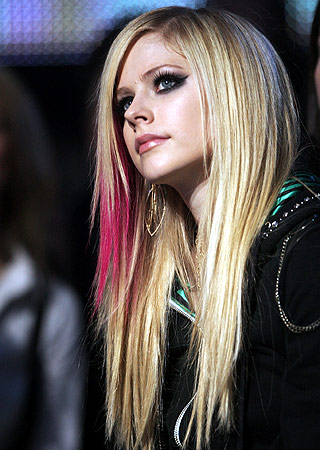 avril_lavigne-pose_images