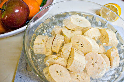 Soaking plantains for tostones