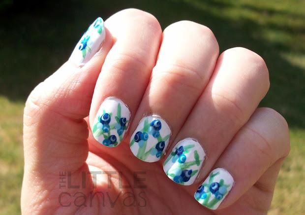 blueberry nail art - little