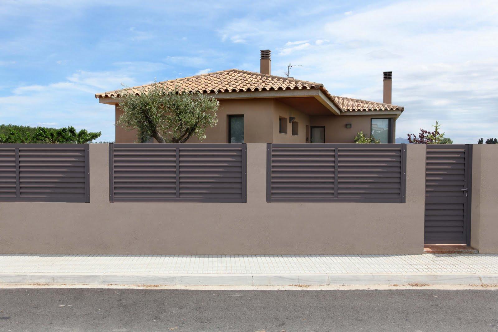 Aluminios clades vallas cancelas y puertas de exterior - Vallas y cerramientos ...