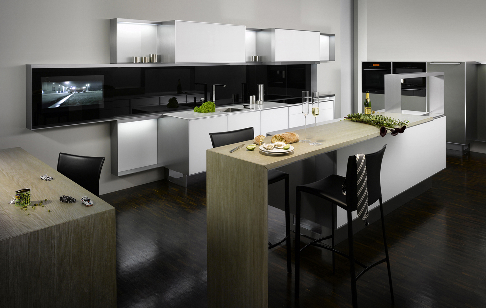 Adcdesigns poggenpohl kitchens for Kitchen designs dubai