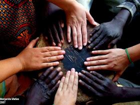 """""""Todos os seres humanos nascem livres e iguais em dignidade e em direitos..."""""""