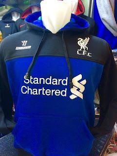 gambar detail jersey terbaru  dan jaket hoodie sweater lfc musim depan Jaket hoodie Sweater Liverpool warna biru hitam terbaru musim 2015/2016 di enkosa sport toko online jersey dan jaket terpercaya