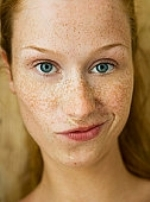 Какой крем для лица при пигментации кожи