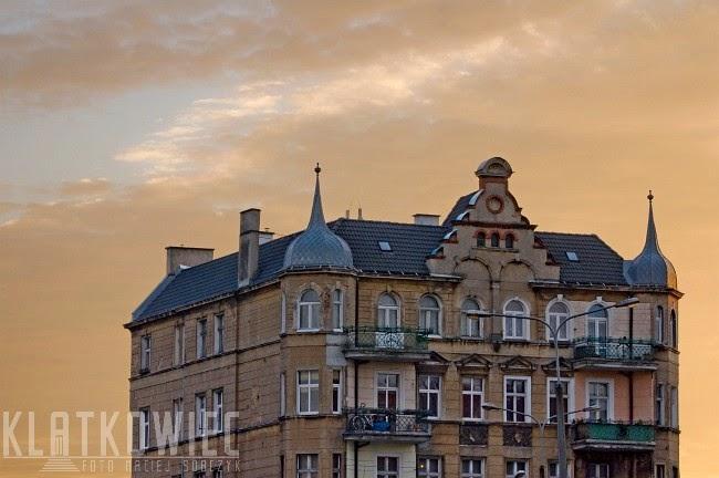 Poznań: zimowy wschód słońca na Łazarzu