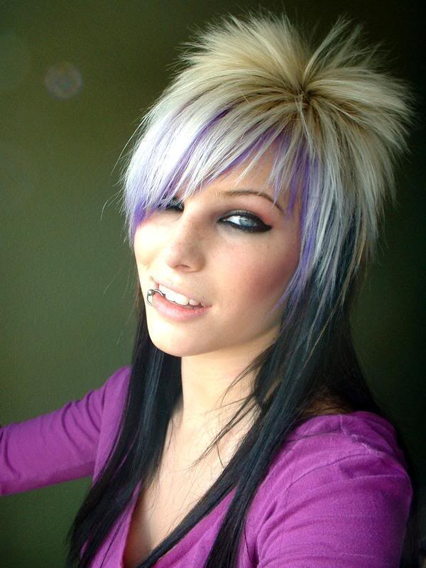 Pictures of Emo Piercings http://my-emo-hairstyles.blogspot.com/2011/07/emo-lip-piercing.html