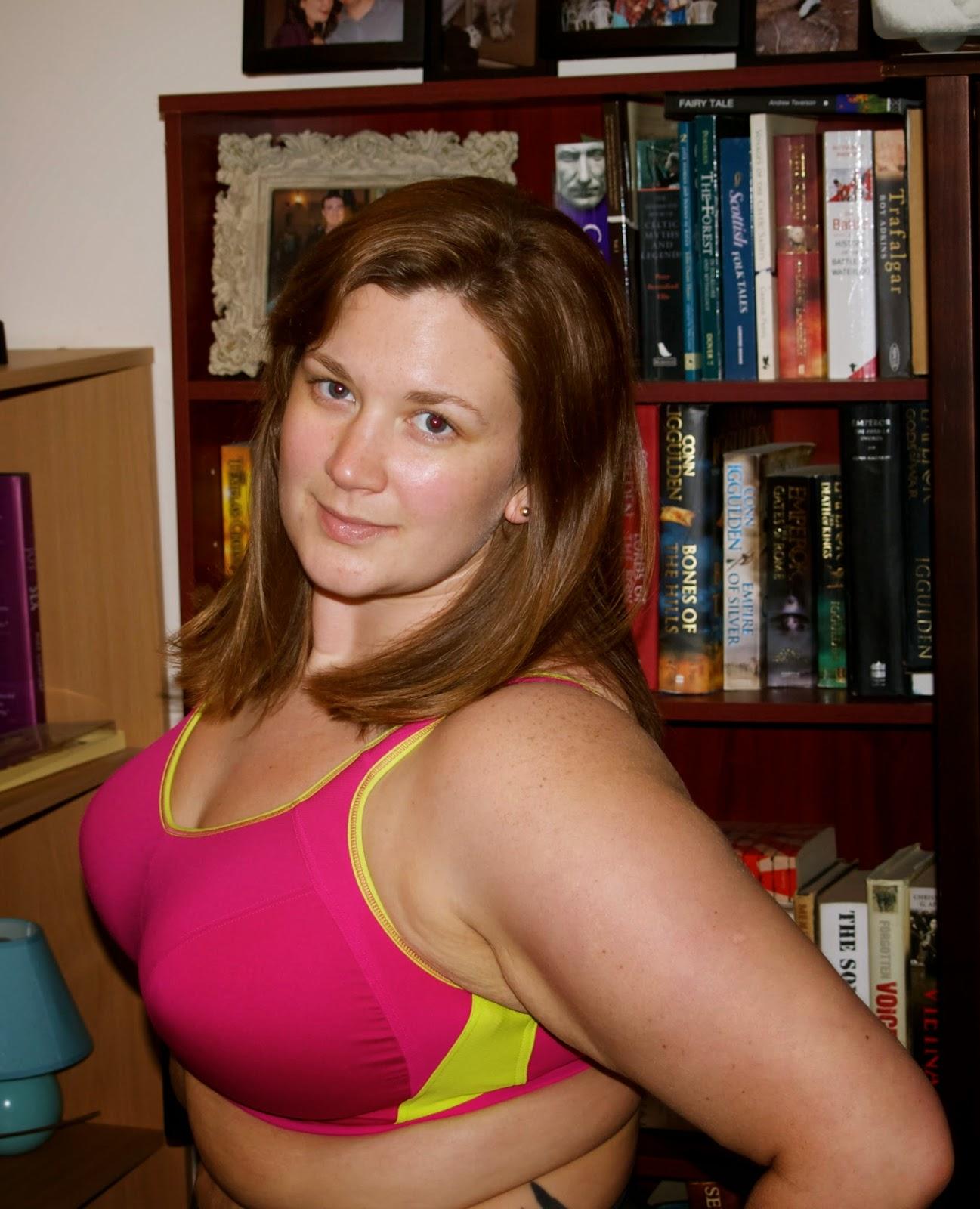 Bbw curvygirl boob flash 2