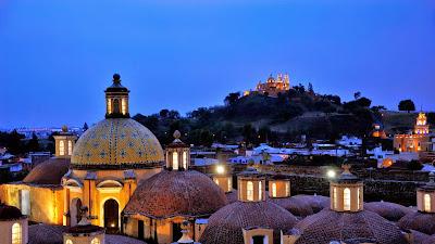 Convento de San Gabriel monastery, San Pedro Cholula, Puebla, Mexico (© Florian Kopp/Alamy) 239